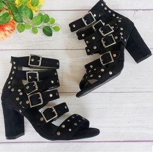 Torrid   Black Strappy Studded Gladiator Heels